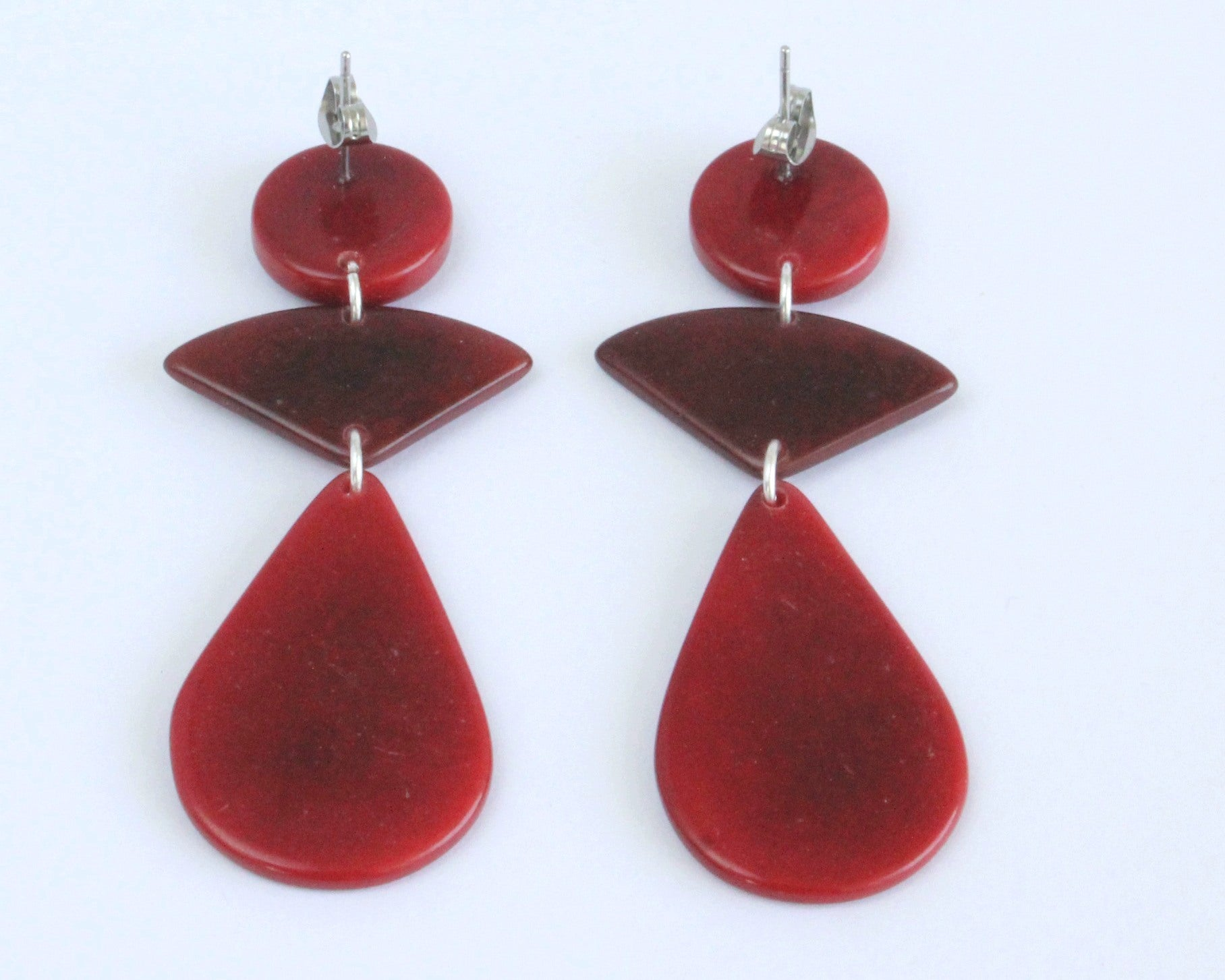 Handmade earring, push back, tagua, colourful, red, back