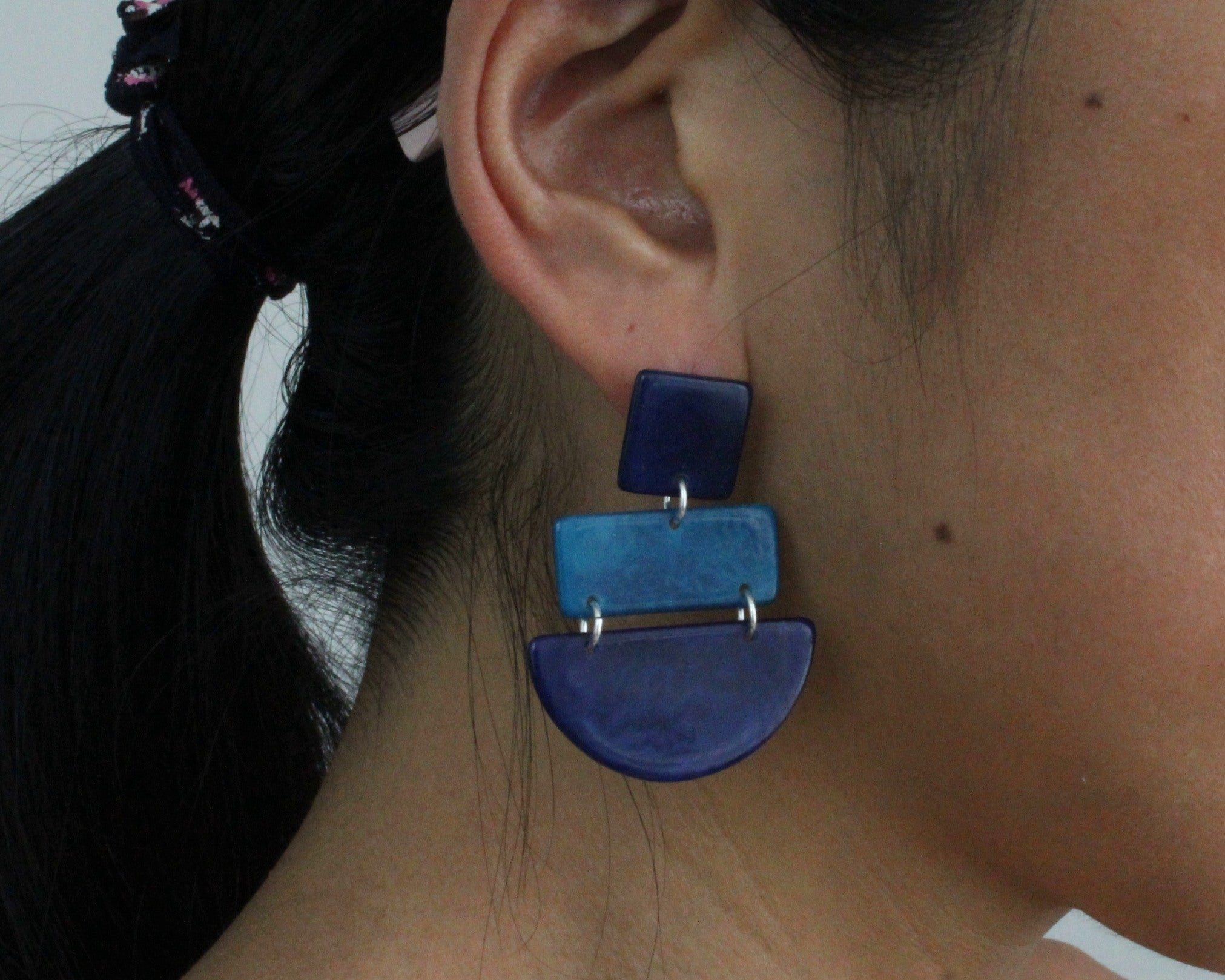 Handmade earring, sustainable, tagua, push back, blue, ear