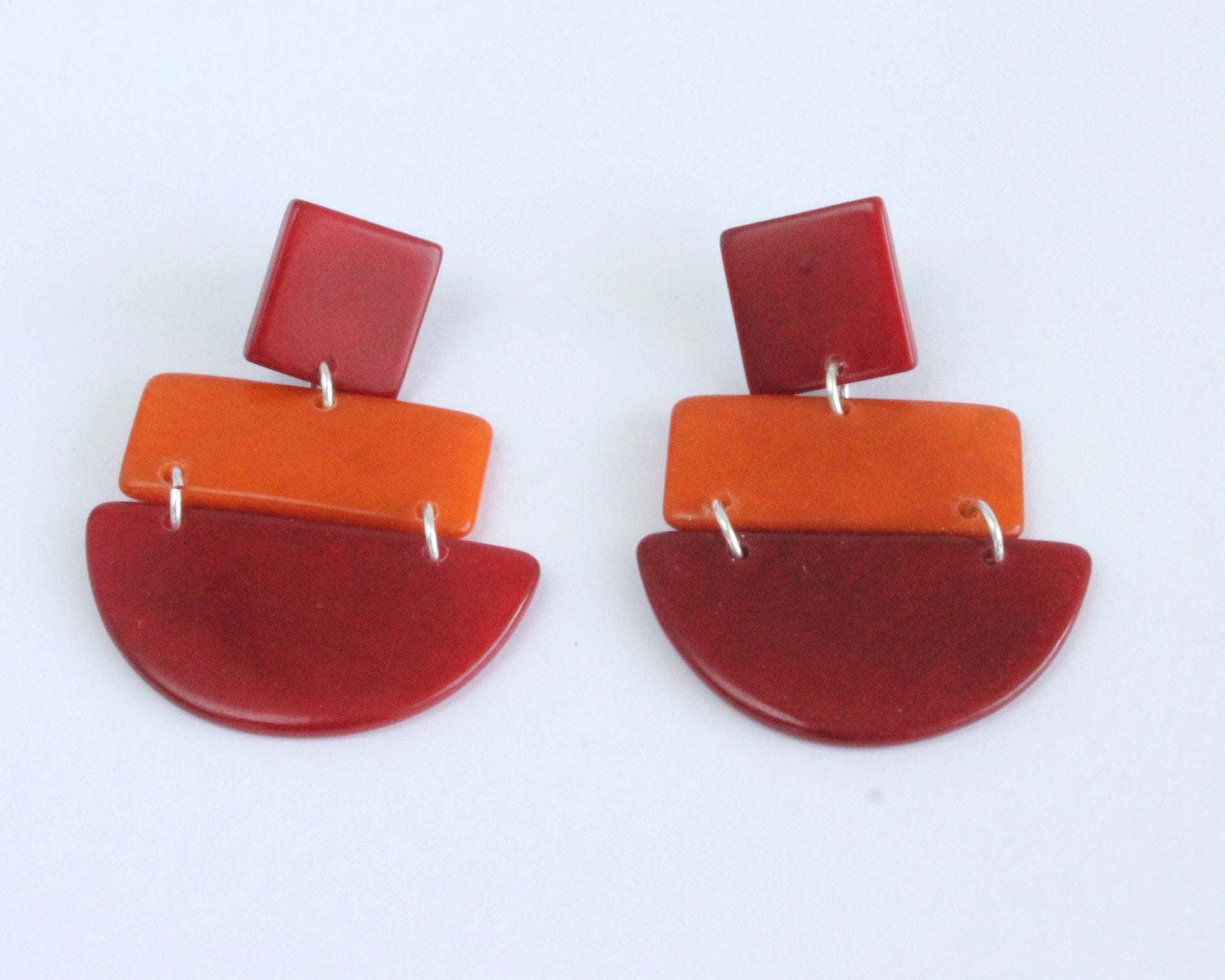 Handmade earring, sustainable, tagua, push back, red