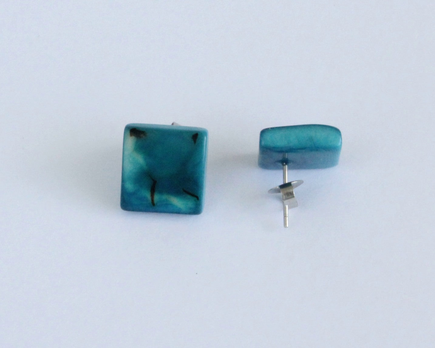 Handmade earring, sustainable, tagua, stud, push back, turquoise, mixed