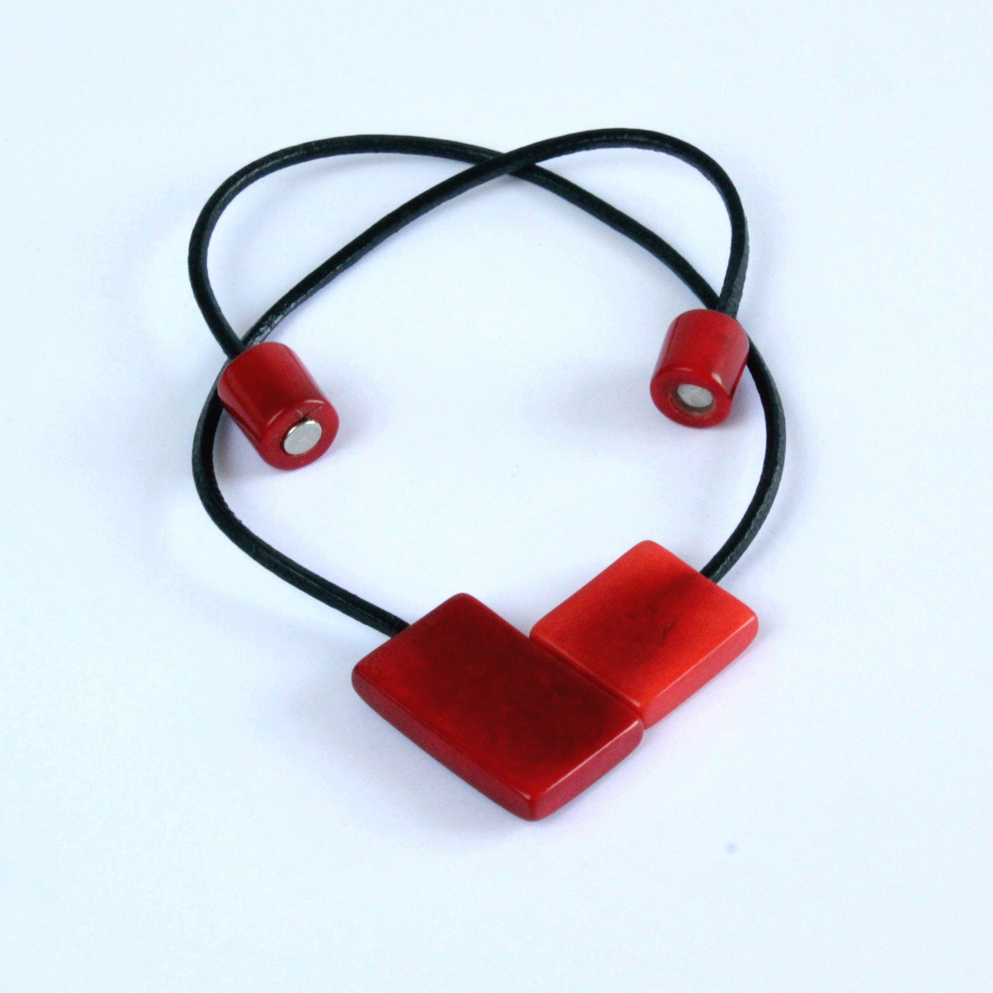 Handmade necklace, sustainable, tagua nut, magnetic lock, red