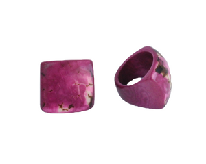 Handmade ring, tagua, US size 6 or 7, purple, side