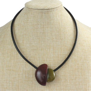 Handmade necklace, tagua nut, burgundy olive, stand, magnetic