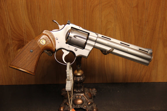 COLT PYTHON .357 MAG STAINLESS