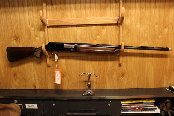 BROWNING A5 12 GAUGE W/CASE