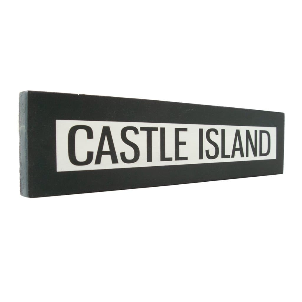 Castle Island - One Way - Wall Décor - Wood Sign