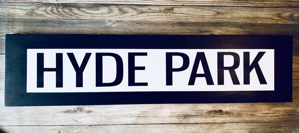 hyde park black white one way wood wall sign