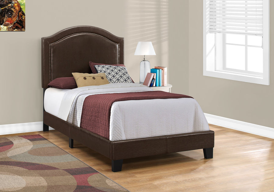 BED - TWIN SIZE / BROWN LEATHER-LOOK WITH BRASS TRIM image