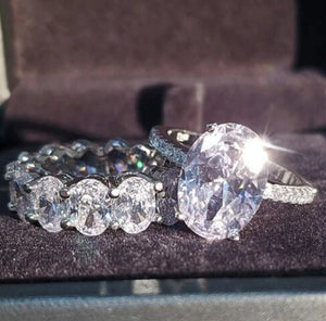 Oval Wedding Diamond Set - Celi's Secret
