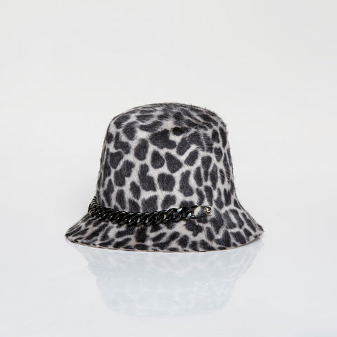 Leopard bucket hat with chain