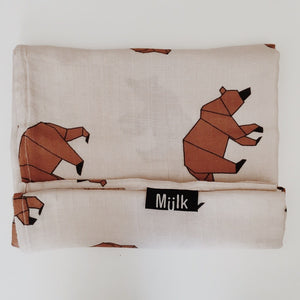 MIILK MOUNTAIN BEAR MUSLIN