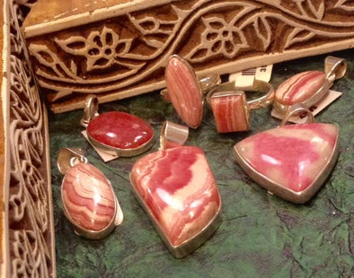 GEMSTONE MAGIC & MEANING: RHODOCHROSITE