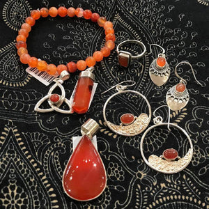 carnelian gemstone jewelry meaning