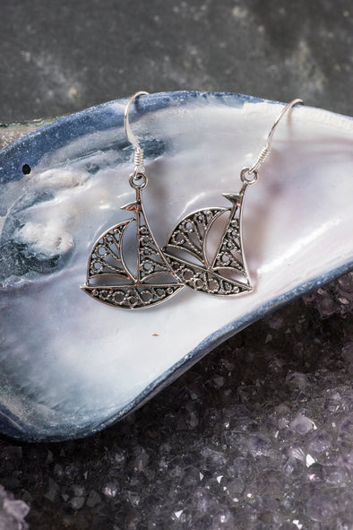 sailboat-filigree-earrings