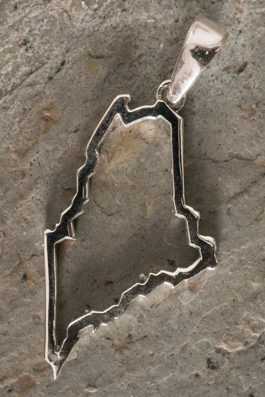 state-of-maine-pendant