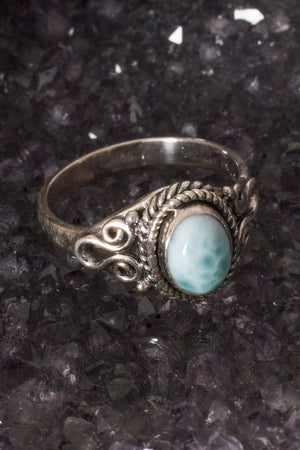oval-set-scroll-gemstone-ring