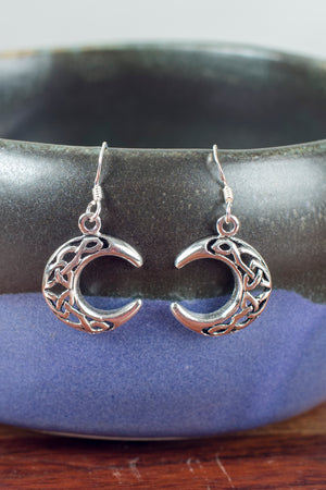 celtic-crescent-moon-earrings