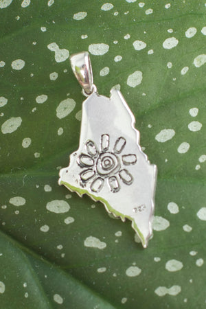 maine-mexicali-flower-pendant