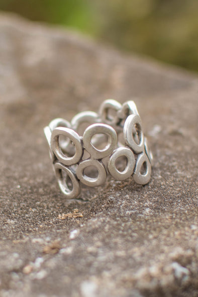 Band of Bubbles Adjustable Zamak Ring