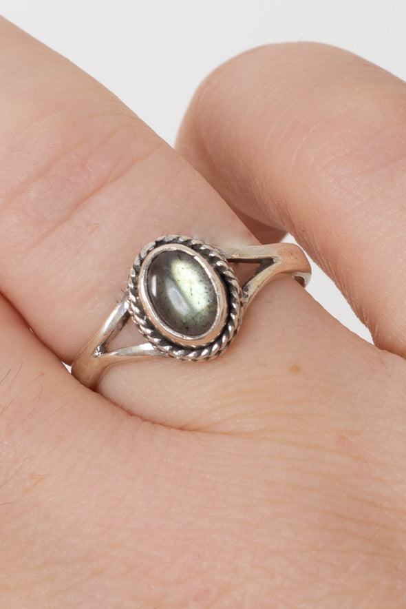 Sundara Petit Gem Ring