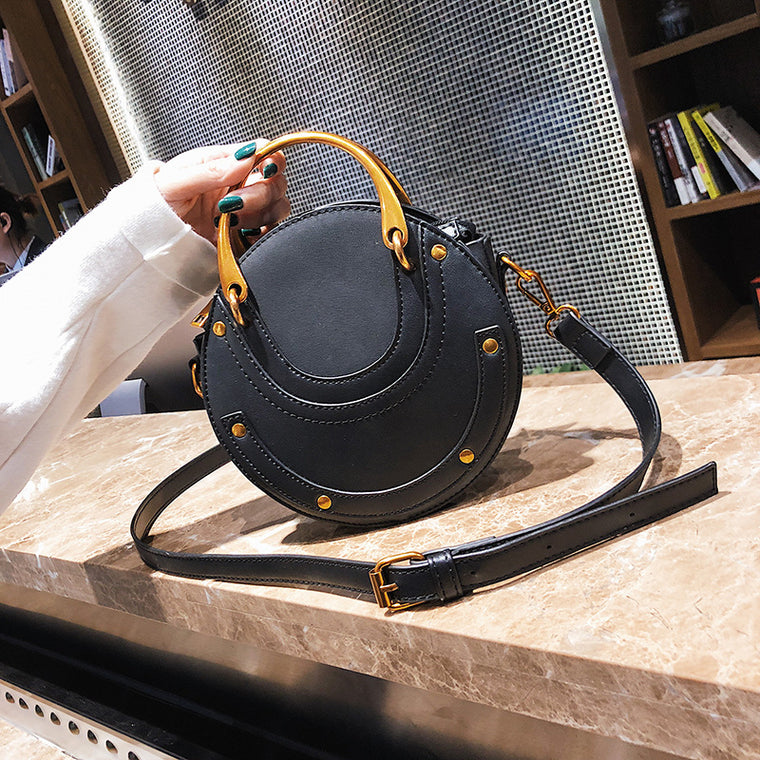 New Ortable Rivet Small Round Bag Ladies Messenger Bag