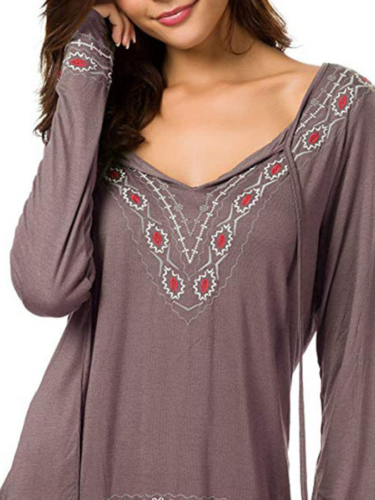 Basic V neck Embroidered Plus Size Cotton-blend T-Shirt