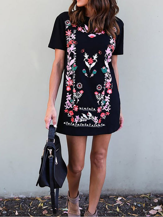 Black Short Sleeve Paneled Floral Casual Dress