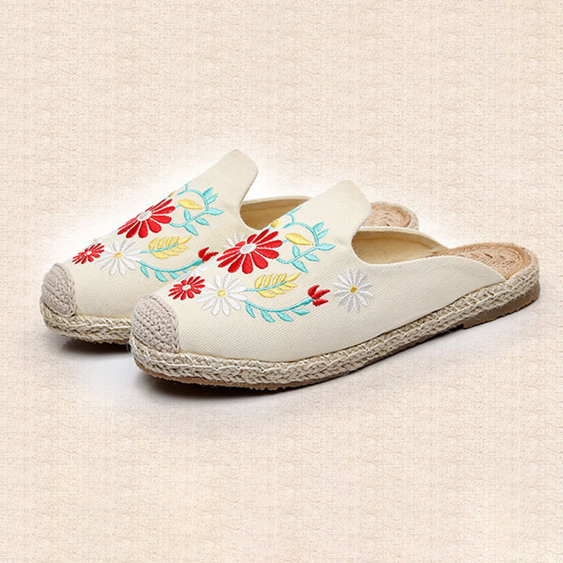 Women Canvas Slippers Casual Floral Embroidered Shoes