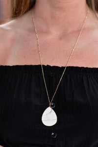 Teardrop Necklace (White)