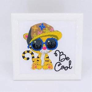 CAFBL-7: COOL TIGER, 16x16cm Frameables Crystal Art
