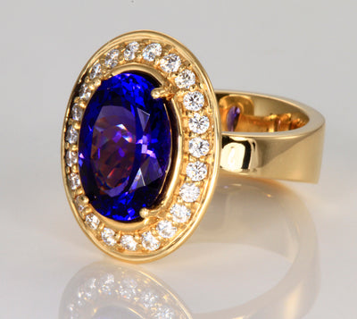 Tanzanite Ring 6.08 Carat Designed by Christopher Michael