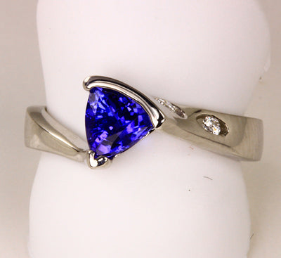 White Gold Trlliant Tanzanite Ring