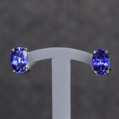 14k White Gold Oval Tanzanite Stud Earrings 1.34 Carats