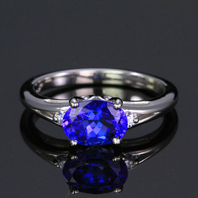 14K White Gold Oval Tanzanite and Diamond Ring 1.67 Carats