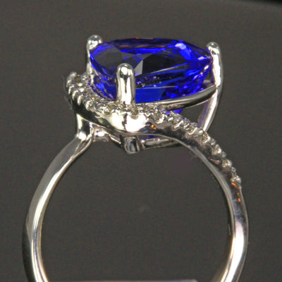 14K White Gold Trilliant Tanzanite Gemstone 6.19 Carats designed by Christopher Michael