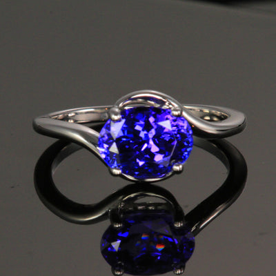 14k White Gold Oval Tanzanite Ring 2.30 Carats