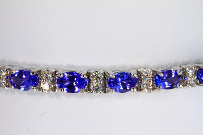 Tanzanite Tennis Bracelet in White Gold With Ideal Cut Diamonds