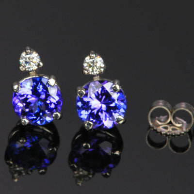 14K White Gold Round Tanzanite Stud Earrings with Diamond