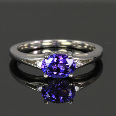 14K White Gold Oval Tanzanite with Diamonds Ring 1.14 Carats