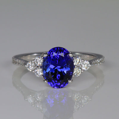 14k White Gold Oval Tanzanite and Diamond Ring 2.43 Carats