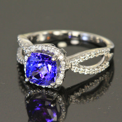 14 K White Gold Tanzanite Ring with Diamonds