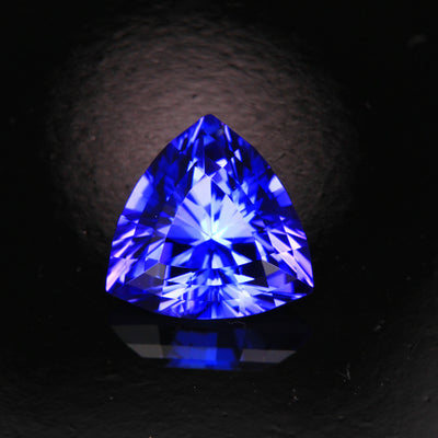 Blue Violet Vivid Trilliant Tanzanite Gemstone  2.81 Carats
