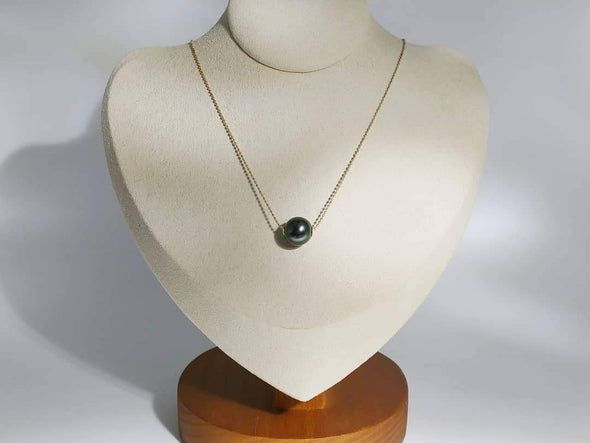 Tahitian pearl 一粒 Through necklace