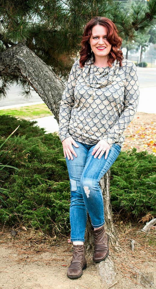 Women's Going Home Sweater Pattern - Ellie and Mac, Digital (PDF) Sewing Patterns | USA, Canada, UK, Australia