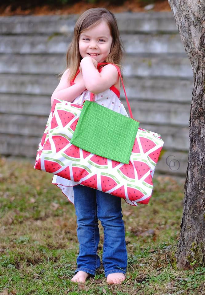 Picnic Blanket Tote Pattern - Ellie and Mac, Digital (PDF) Sewing Patterns | USA, Canada, UK, Australia
