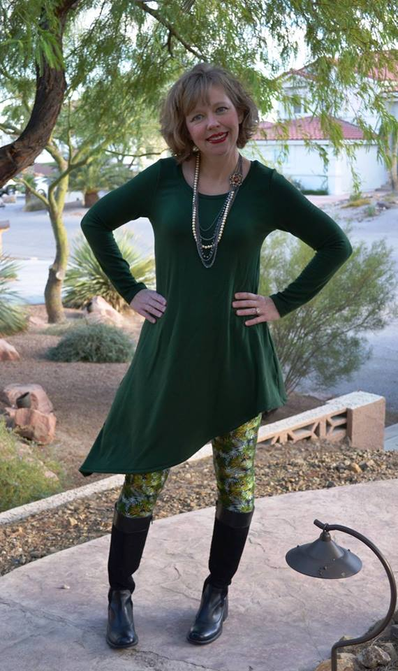 Women's Watch & See Tunic and Dress Pattern