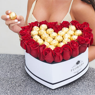 Sweetheart Box - Fresh Roses with Chocolates