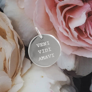 Veni, Vidi, Amavi pendant (I came, I saw, I loved)