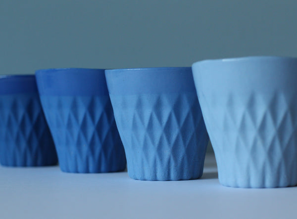 CRYSTAL PALACE PORCELAIN CUP X 4 INDIGO COLLECTION
