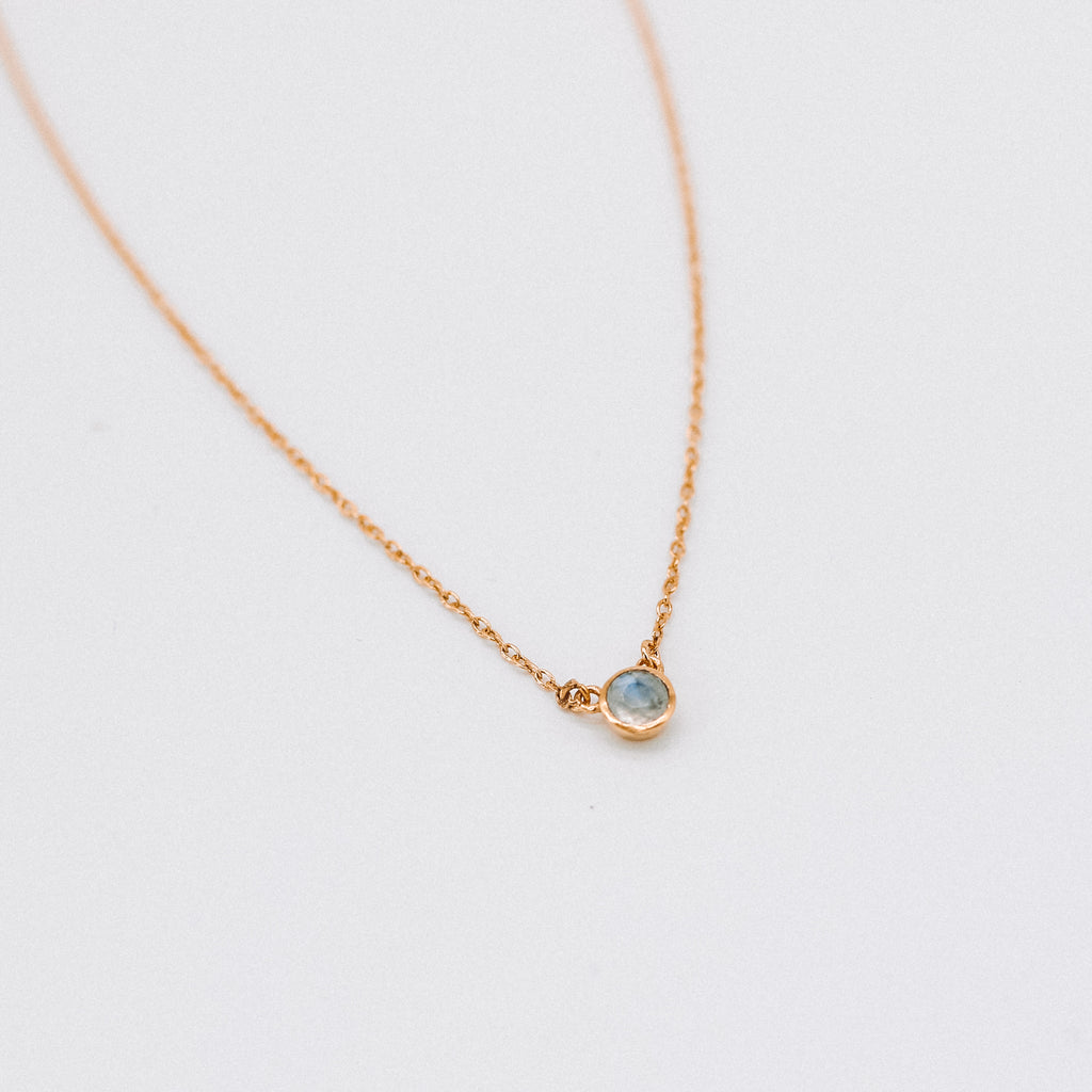 Mini single stone necklace